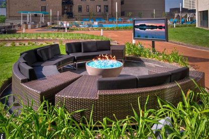 """Solus hemi 36"""" fire pit in circular seating outdoors, glass fire stones"""