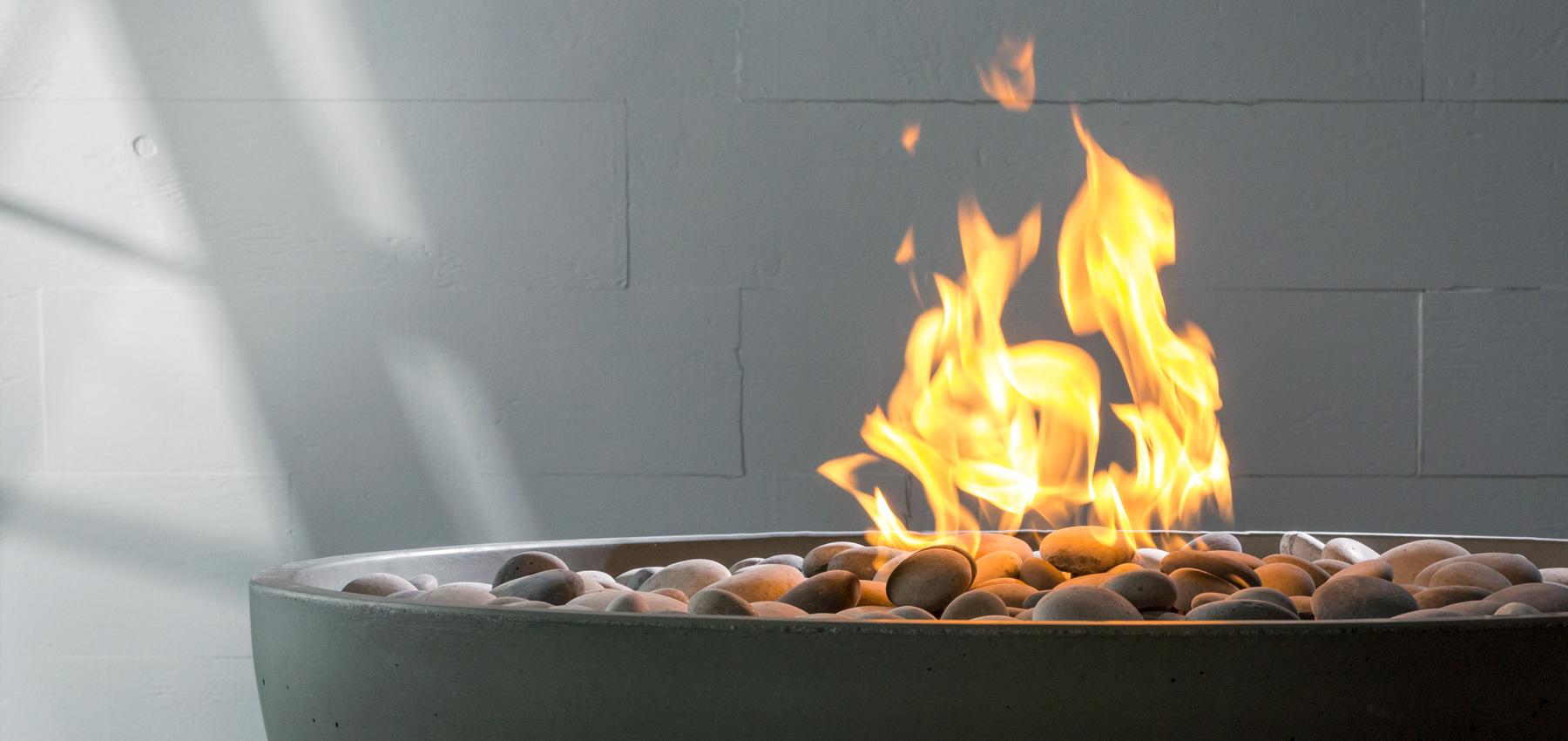 Solus hemi gas fire pit
