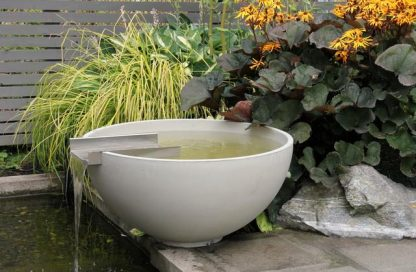 Solus scupper water feature